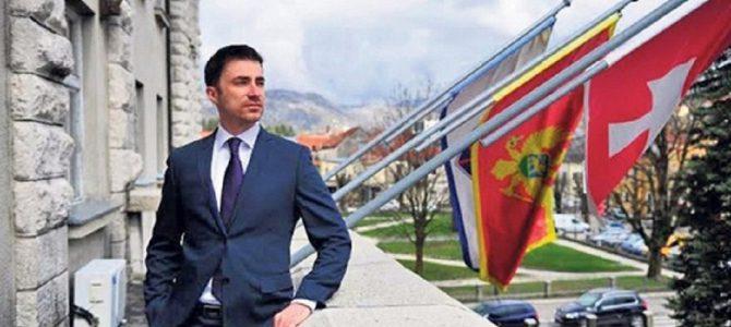 GRADONAČELNIK CETINJA NAMIRIO DUG: Tužiteljki zaposlio brata pošto ga je oslobodila krivičnih djela